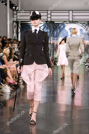 Editorial image of Ralph Lauren 40th anniversary show during Spring / Summer 2008, Mercedes-Benz Fashion Week, New York, America - 08 Sep 2007