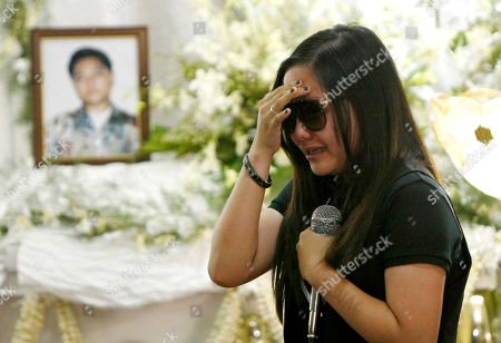 """Charice Pempengco Filipino singer Charice Pempengco of the TV hit """"Glee"""", cries as she delivers her eulogy for her estranged father Ricky Pempengco at a funeral home at Muntinlupa city, south of Manila, Philippines. Ricky Pempengco was stabbed to death in nearby San Pedro township early this week by Angel Capili Jr. who later surrendered to police and admitted his crime"""