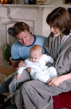 'The Baby War' - 2005 James [Steve Waddington] and Lauren [Gina McKee] are overjoyed as they are on the verge of adopting a baby boy, they have named Adam [Daisy & Phoebe Tomlinson].