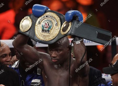 Antonio Tarver American Antonio Tarver shows off his new IBO cruiserweight belt after he defeated champion Danny Green of Australia at the Entertainment Center in Sydney, Australia, . Tarver won the bout after Green's corner would not allow the fighter to start the 10th round