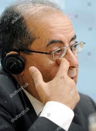 Mahmoud Jebril Mahmoud Jebril, executive bureau chairman of the transitional national council in Libya, speaks during a news conference after talks with Austria's Foreign Minister Michael Spindelegger in Vienna, Austria, on