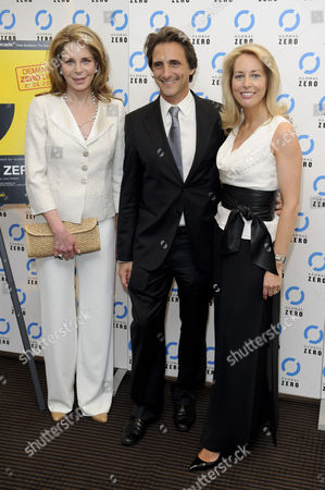 HM Queen Noor of Jordan, Lawrence Bender, Valerie Plame Wilson HM Queen Noor of Jordan, U.S. producer, Lawrence Bender and former U.S. CIA Operations Officer, Valerie Plame Wilson arrive for the UK film premiere of Countdown to Zero at a central London venue