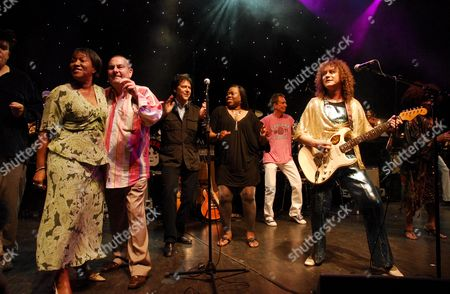 Gloria Jones, Eric Hall, Shakin Stevens and T. Rextasy tribute band - Danielz