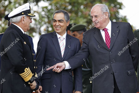 Nelson Jobim, Edgar Cely, Rodrigo Rivera Brazil's Defense Minister Nelson Jobim, right, talks to Colombia's commander of the Armed Forces Adm. Edgar Cely, left, as Colombia's Defense Minister Rodrigo Rivera gestures during a military ceremony in Bogota, Colombia