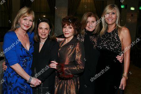 Lyn Lear, Wendy Goldberg , Lynda Resnick, Ariana Huffington and