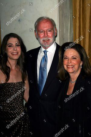 Leonard Goldberg, Wife Wendy and Daughter Amanda Goldberg