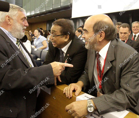 Franz Fischler, Indroyono Soesilo, José Graziano da Silva Candidates for the post of Food and Agriculture Organization Director-General, Franz Fischler, of Austria, left, Indroyono Soesilo, of Indonesia, center, and José Graziano da Silva, of Brazil, talk during a voting session on the occasion of the 37th FAO Conference in Rome, . Representatives at the Food and Agriculture Organization vote this weekend to give the largest U.N. agency its first new chief in almost two decades _ an election that comes at a time of critically high food prices and malnutrition across the world
