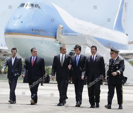 Editorial picture of Obama, San Juan, Puerto Rico