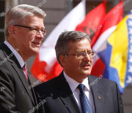 Valdis Zatlers, Bronislaw Komorowski Polish President Bronislaw Komorowski, right, welcomes his counterpart Valdis Zatlers from Latvia to a summit of central and eastern European leaders in Warsaw, Poland, . US President Barack Obama is to join the leaders for a dinner in the evening
