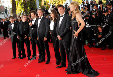 Guillaume Schiffman, Thomas Langmann, Jean Dujardin, Berenice Bejo, Michel Hazanavicius, Missy Pyle From left, producer Thomas Langmann, cinematographer Guillaume Schiffman, unidentified guest, actor Jean Dujardin, Berenice Bejo, director Michel Hazanavicius and actress Missi Pyle arrive for the screening of The Artist at the 64th international film festival, in Cannes, southern France