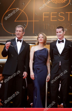 Mel Gibson, Jodie Foster, Kyle Killen Director Jodie Foster, center, arrives with actor Mel Gibson, left, and screenwriter Kyle Killen, right, for the screening of The Beaver at the 64th international film festival, in Cannes, southern France