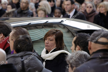 Giulia Salvatori Giulia Salvatori, the daughter of French actress Annie Girardot, following her mother's funeral ceremony, held at the Saint Roch church in Paris, . Annie Girardot, the perky, gravelly-voiced actress who became one of France's most enduring and acclaimed modern stars, died on Monday. She was 79