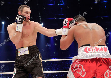 Vitali Klitschko, Odlanier Solis World boxing champion Vitali Klitschko of the Ukraine and challenger Odlanier Solis of Cuba fight during the WBC heavyweight title bout in Cologne, Germany