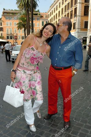Luciana Morad and Marcelo Carvalho visiting Piazza di Spagna