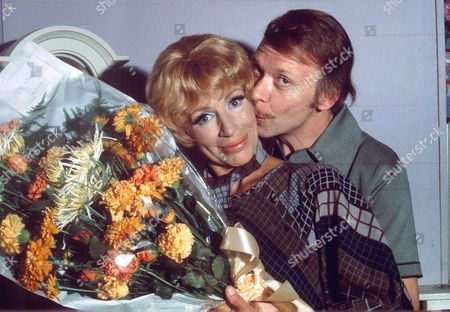 YOOTHA JOYCE AND BRIAN MURPHY IN 'GEORGE AND MILDRED'