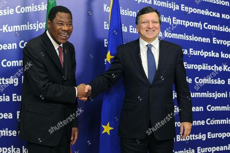 Jose Manuel Barroso, Thomas Yayi Boni EU Commission President Jose Manuel Barroso, right, welcomes Benin's President Thomas Yayi Boni upon his arrival at the EU Commission headquarters in Brussels