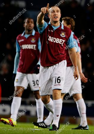 Mark Noble West Ham United's Mark Noble celebrates scoring a goal against Birmingham City during their English League Cup semi-final soccer match at West Ham's Upton Park Stadium in London, . (AP Photo/Kirsty Wigglesworth) NO INTERNET/MOBILE USAGE WITHOUT FOOTBALL ASSOCIATION PREMIER LEAGUE(FAPL)LICENCE. CALL +44