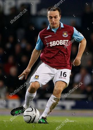 Mark Noble West Ham United's Mark Noble during their English League Cup semi-final soccer match against Birmingham City at West Ham's Upton Park Stadium in London, . (AP Photo/Kirsty Wigglesworth) NO INTERNET/MOBILE USAGE WITHOUT FOOTBALL ASSOCIATION PREMIER LEAGUE(FAPL)LICENCE. CALL +44
