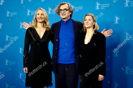 Wim Wenders, Julie Shanahan, Barbara Kaufmann German director Wim Wenders, center, and dancers Julie Shanahan, left, and Barbara Kaufmann, right, attend a photo-call about the movie Pina at the International Film Festival Berlinale in Berlin on