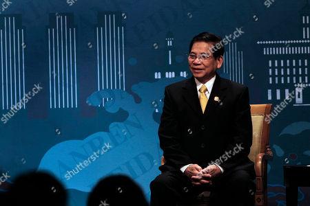 Nguyen Minh Triet Vietnamese President Nguyen Minh Triet speaks during the APEC CEO Summit in Yokohama, near Tokyo