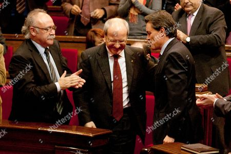 Artur Mas New Catalan President Artur Mas, right, is congratulated by outgoing president Jose Montilla, center, and outgoing Catalan vice-president Josep Lluis Carod-Rovira, left, during the second investment session at Catalunya Parliament in Barcelona, Spain, . CiU leader Artur Mas was Thursday confirmed as the new prime minister of the north-eastern Spanish region of Catalonia