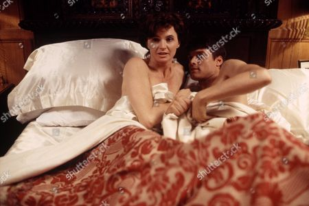 Stephen Billington and Donna King in 'The Man Who Made Husbands Jealous' - 1997