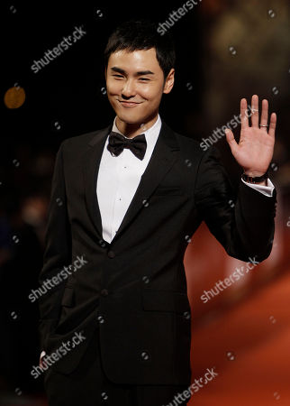 """Ethan Juan Taiwanese actor Ethan Juan arrives at the 47th Golden Horse Awards, in Taoyuan County, northern Taiwan. Juan is nominated as Best Leading Actor for the film """"Monga"""" at this year's Golden Horse Awards - one of the Chinese-language film industry's biggest annual events"""