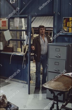 Neville Buswell (as Ray Langton)