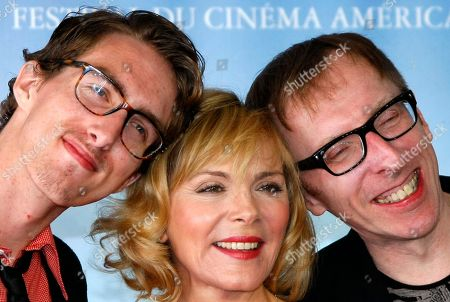 "Kim Cattrall, Dustin Ingram, Keith Bearden U.S. actress Kim Cattrall poses for photographers with U.S. actor Dustin Ingram, left, and U.S. director Keith Bearden for the film "" Meet Monica Velour "" at the 36th American Film Festival, in Deauville, Normandy, France"