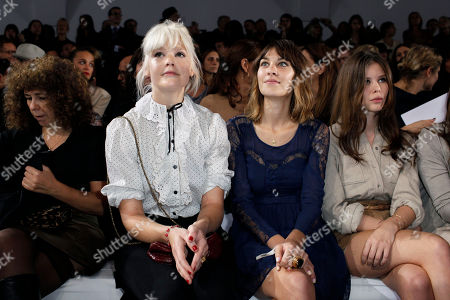 Micky Green, Alexa Chung Australian singer Micky Green, left, and British model Alexa Chung, right, attend to Chloe's ready-to-wear spring-summer 2011 fashion collection, in Paris, Monday Oct.4, 2010