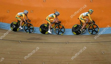 Belinda Goss, Megan Dunn,and Josaphine Tomic Australia's cyclists, from left, Belinda Goss, Megan Dunn,and Josaphine Tomic races in the women's 25km point race finals during the Commonwealth Games at the Indira Gandhi Sports Complex in New Delhi, India, . Dunn won the gold medal