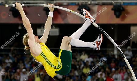 Australia's Steve Hooker competes in the Men's Pole Vault final during the Commonwealth Games at the Jawaharlal Nehru Stadium in New Delhi, India