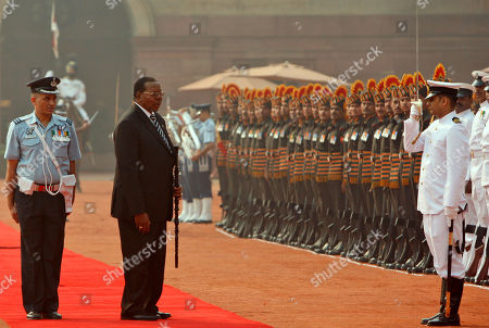 Bingu wa Mutharika Malawi President Bingu wa Mutharika, second left, inspects a guard of honor during a ceremonial reception at the Rashtrapati Bhawan or Presidential Palace in New Delhi, India, . Mutharika is on a six day State visit to India