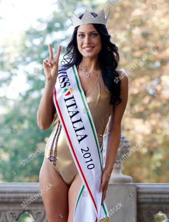 Miss Italia (Miss Italy) 2010 Francesca Testasecca poses during a photo call, in Salsomaggiore, Italy, the day after her election
