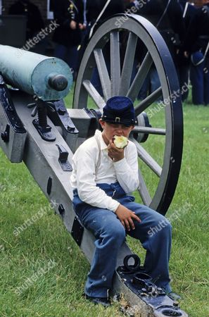 Civil War re-enactment at Fort Pulaski which fell in the hands of the Confederates in 1862. Savannah, Georgia, America.