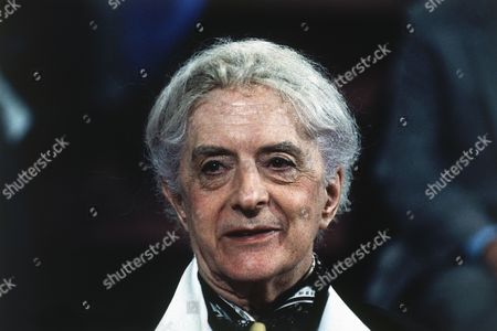Portrait of English author and actor Quentin Crisp taken in 1989