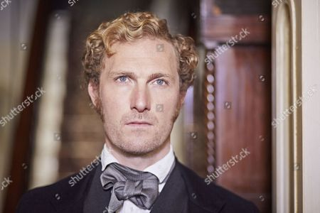 Sam Hoare as James Robinson