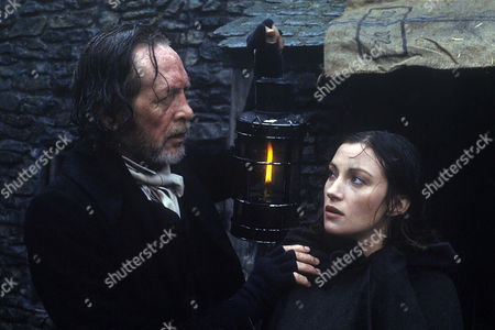 Patrick McGoohan and Jane Seymour in 'Jamaica Inn' - 1985