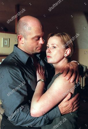 'Without Motive' - 2001 -   Ross Kemp (DC Jack Mowbray) Jane Hazlegrove (WPC Margaret Walkinshaw)