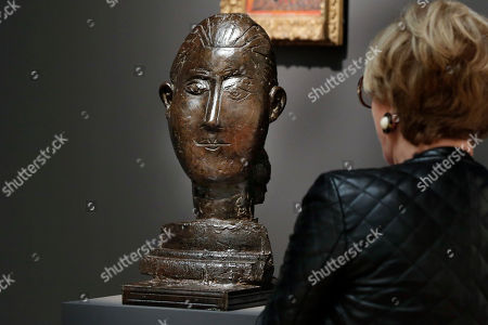 """Head of a Woman Pablo Picasso's """"Head of a Woman"""" is displayed at Sotheby's, in New York, . The 1951 bronze bust of his lover and muse Francoise Gilot could fetch $6 million to $8 million at auction on Nov. 17"""