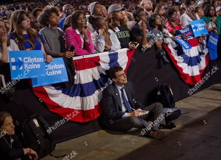 David Remnick David Redneck, Editor of the New Yorker magazine, works in the buffer covering President Barack Obama at PNC Music Pavilion in Charlotte, N.C., during a campaign rally for Democratic presidential candidate Hillary Clinton