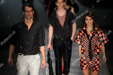 Marcelo Anthony, Carolina Dieckmann Actors Marcelo Anthony, left, and Carolina Dieckmann wears designs from the TNG collection at the Fashion Rio Summer 2010/2011 event in Rio de Janeiro