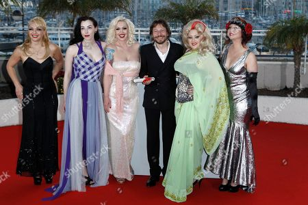 Julie Atlas Muz, Evie Lovelle, Mimi Le Meux, Mathieu Amalric, Dirty Martini, Kitten on the Keys Winner of the award for Best Director director Mathieu Amalric, fourth from left, and actresses, from left, Julie Atlas Muz, Evie Lovelle, Mimi Le Meux, Dirty Martini and Kitten on the Keys pose after the awards ceremony at the 63rd international film festival, in Cannes, southern France
