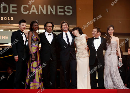 "Martina Garcia, Eduard Fernandez, Maricel Alvarez, Javier Bardem, Alejandro Gonzalez Inarritu, Diaryatou Daff From right, actress Martina Garcia, actor Eduard Fernandez, actress Maricel Alvarez, actor Javier Bardem, director Alejandro Gonzalez Inarritu, actress Diaryatou Daff and an unidentified guest arrive for the screening of ""Biutiful"", at the 63rd international film festival, in Cannes, southern France"