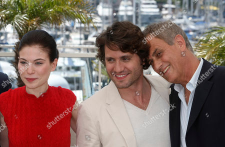 "Nora Von Waldstatten, Edgar Ramirez, Daniel Leconte Actress Nora Von Waldstatten, left, actor Edgar Ramirez, center, and actor Daniel Leconte, right, pose during a photo call for the film ""Carlos"", at the 63rd international film festival, in Cannes, southern France"