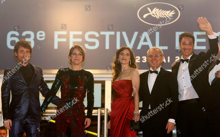 """Stock Image of Elio Germano, Isabella Ragonese, Stefania Montorsi, Daniele Luchetti, Raoul Bova From left, actor Elio Germano, actress Isabella Ragonese, actress Stefania Montorsi, director Daniele Luchetti, and actor Raoul Bova arrive for the screening of """"Our Life"""" (La Nostra Vita), at the 63rd international film festival, in Cannes, southern France"""