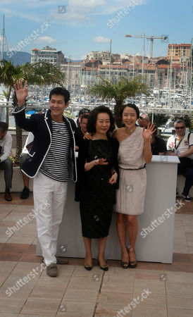 """Lee Jung-jae, Youn Yuh-jung, Jeon Do-youn From left, actor Lee Jung-jae, actresses Youn Yuh-jung and Jeon Do-youn pose during a photo call for """"The Housemaid"""", at the 63rd international film festival, in Cannes, southern France"""