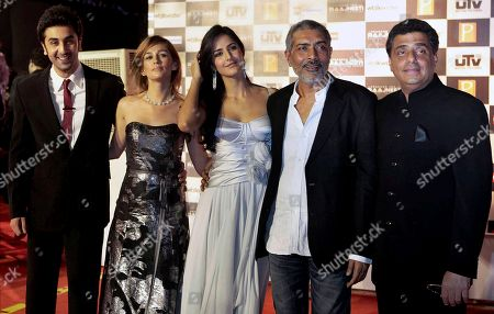 "Ranbir Kapoor, Sarah Thompson, Katrina Kaif, Prakash Jha, Ronnie Screwvala From left, Bollywood actor Ranbir Kapoor, actresses Sarah Thompson and Katrina Kaif, director Prakash Jha and producer Ronnie Screwvala pose for photographs during the premiere of their new film ""Rajneeti,"" or Politics, in Mumbai, India, Thursday night, . The film released Friday"