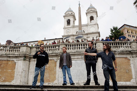 """Russell Crowe From left, Actors Russell Crowe, Scott Crimes, Kevin Durand and Alan Doyle, all starring in Ridley Scott's new movie """"Robin Hood"""" pose on the Spanish Steps in Rome"""