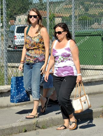 Deanna Knox, left, and Edda Mellas, respectively sister and mother of US murder suspect Amanda Knox, arrive at Perugia prison, Italy, . Edda Mellas and Deanna visited Amanda, who today turns 23-years old, and has been in an Italian jail for three years